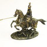 Рыцарь с копьем на лошади 30х25 см