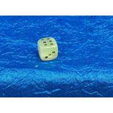 Кубик игральный (кости) оникс 1.5*1.5 см