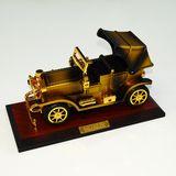 Музыкальный сувенир (механика) шкатулка Music classic car 25*13*14 см п/у