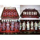 Шахматы Дерево IMPERIAL Древняя Азия доска сундук -39х36х8см