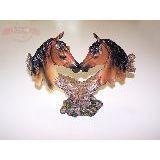 Сувенир Пара лошадей ввиде сердца 25*22см